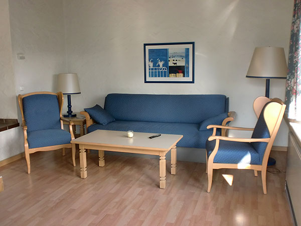 kika wohnzimmer raum und m beldesign inspiration. Black Bedroom Furniture Sets. Home Design Ideas